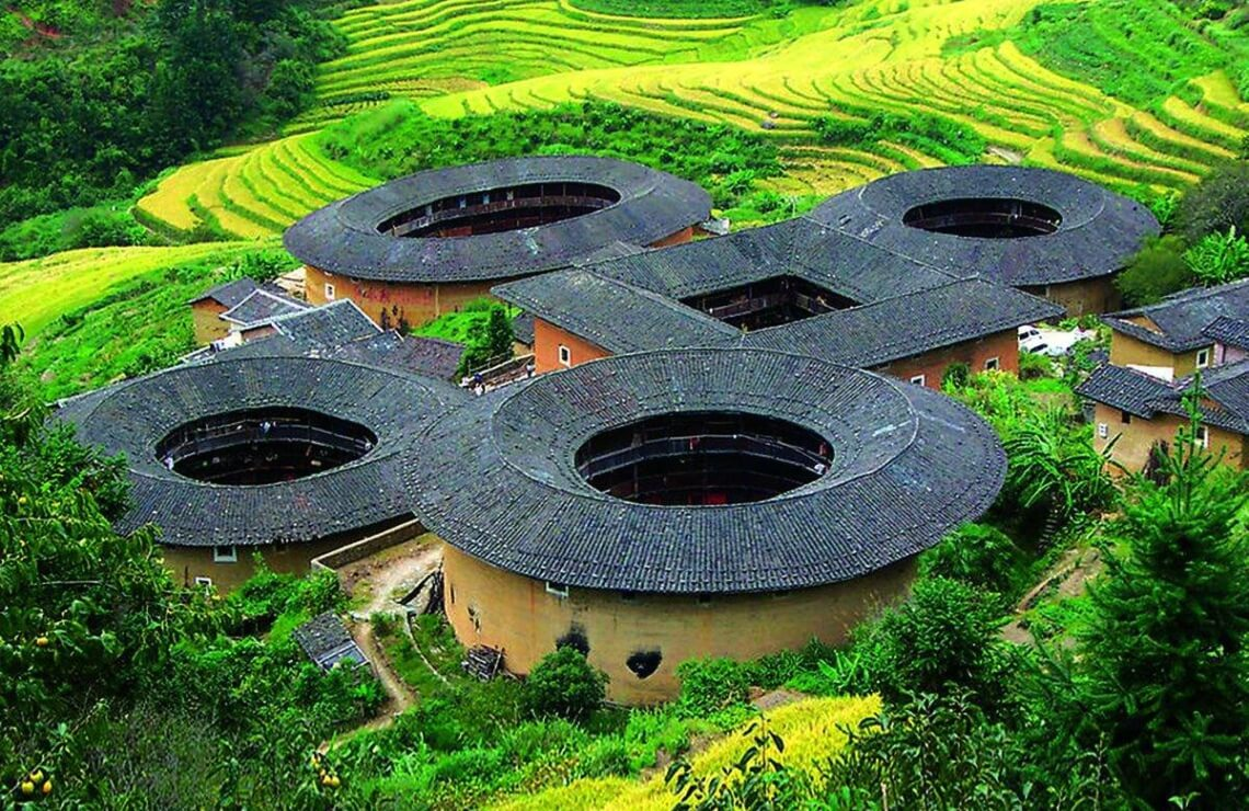 One day tour to Tianluokeng Tulou Clusters from Xiamen
